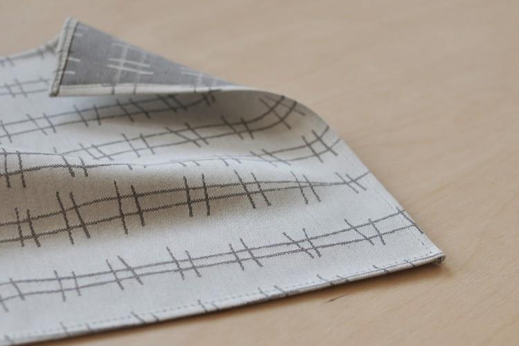 Handkerchief: RAILS, grey