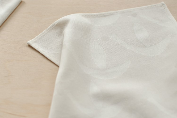 Handkerchief: BIRDS, natural white