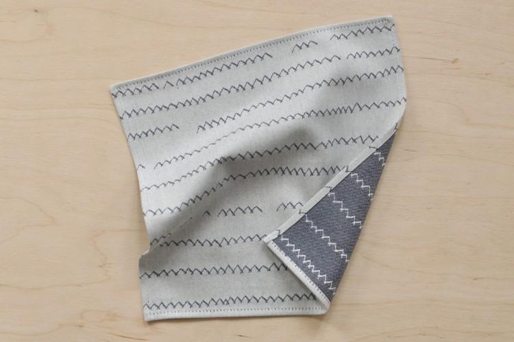Handkerchief: ZICKZACK, blue