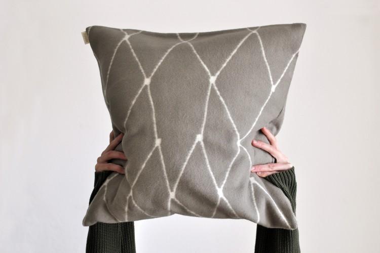 B-STOCK Cushion cover: THE GRID - fungi