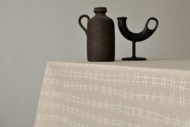 Tablecloth: RAILS, sand