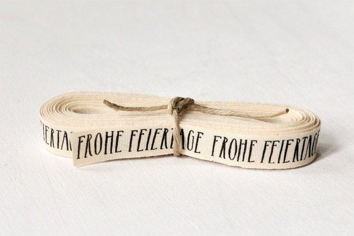 """Geschenkband """"FROHE FEIERTAGE"""" - Bio-Baumwolle"""