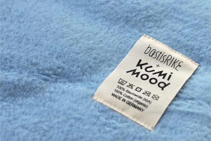 bastisRIKE trifft KUMI MOOD: Etikett Webdecken Biobaumwolle